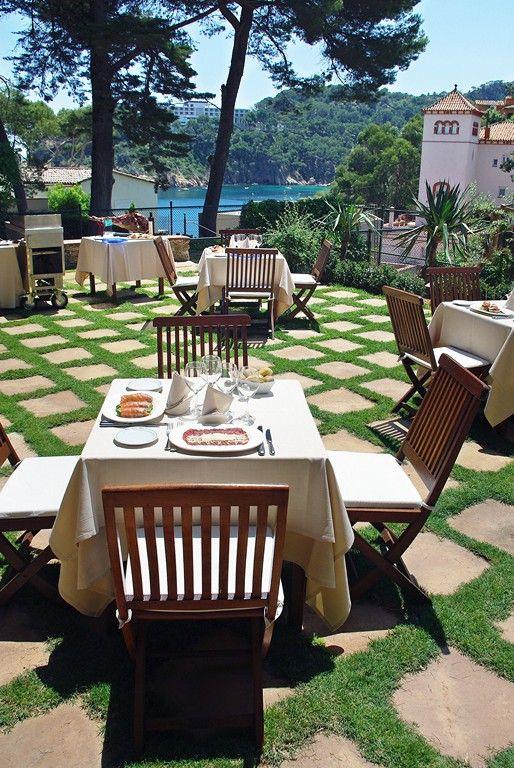 Picnic Basket Restaurant Happy Hollow : All inclusive hotel an der costa brava aigua blava